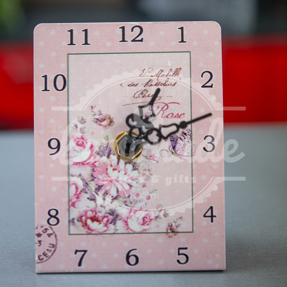 Часовник с рози